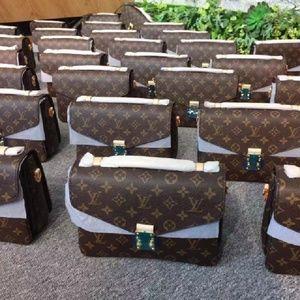 $300 LV bag